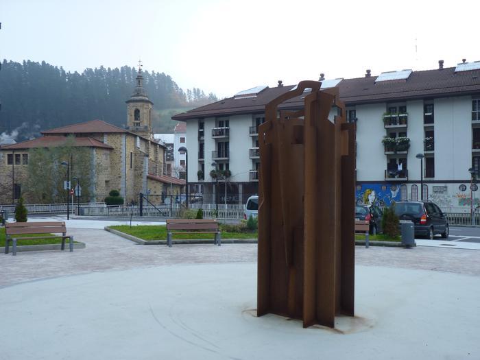 Giza eskubideen aldeko ekitaldia egingo du Udalak gaur, Iturrizar plazan