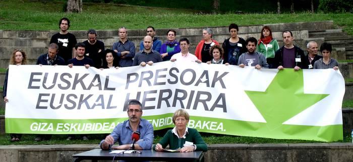 Euskal presoen eskubideekiko konpromisoak aurkeztu ditu EH Bilduk Arrasaten