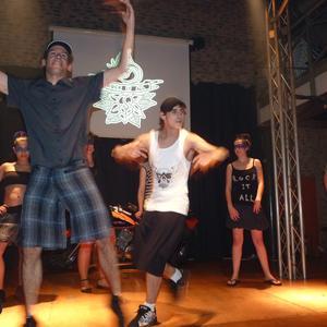 'Rock it all' moda desfilea