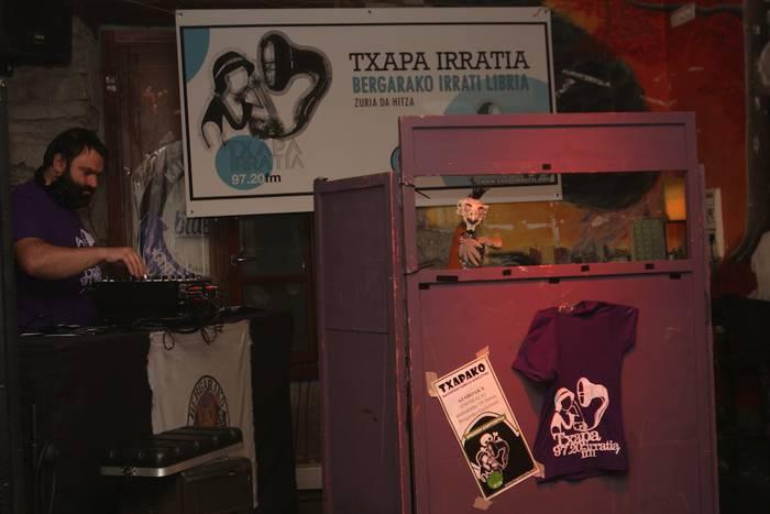 Webgunea estreinatuz hasiko du Txapa Irratiak ikasturte berria