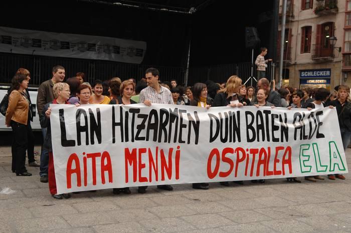 Aita Menniko langileen protesta