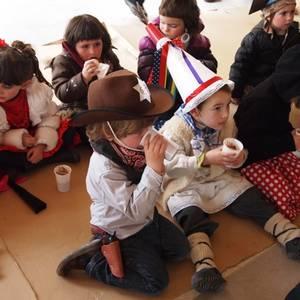 Aratusteak 2011: Antzuolako eskolako umeak