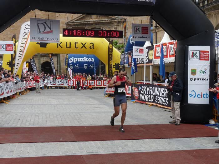 Aritz Kortabarria arrasatearra hamargarren Zegama-Aizkorri maratoian
