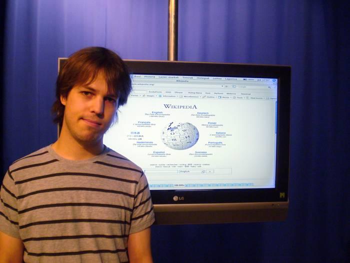 """Arkaitz Zubiaga: """"Euskal Wikipedian jendearen debaldeko lana eskertzen da"""""""