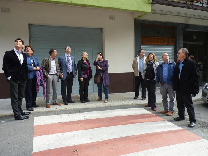 Bizkaia etorbideko igogailua inauguratuta