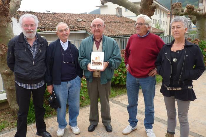 Intxorta taldeak euskal elizak 1936-1944 urteetan izandako jazarpenaren inguruko liburua aurkeztu du
