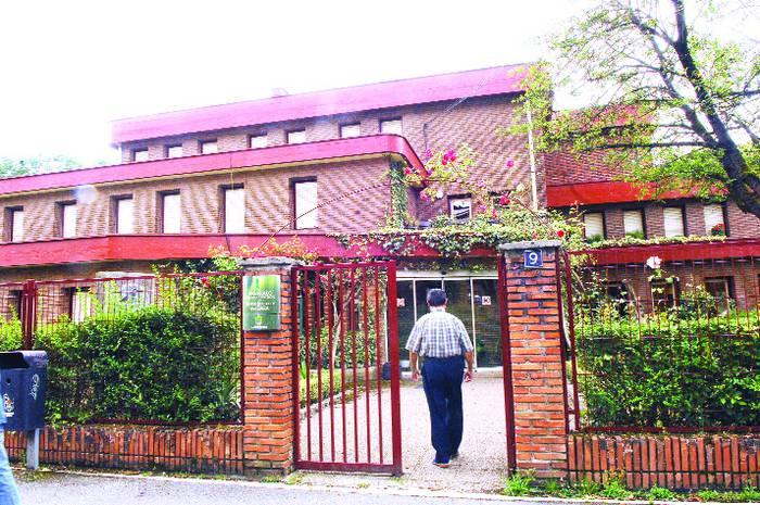 Diputazioak Udalaren esku utziko du San Joxepe elkartearen eraikina