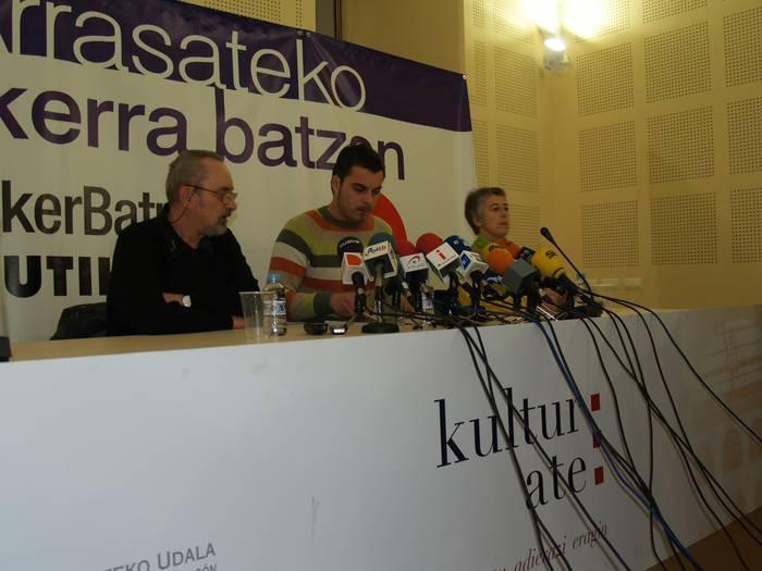 EAErekin udal gobernua eteten dutela jakinarazi du Ezker Batua-Zutikek