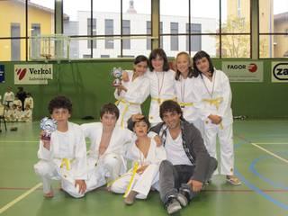 Elgetako karatekak pozik Oñatiko txapelketan egindako lanarekin