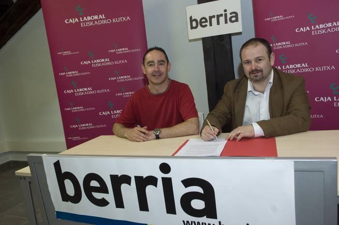 Euskadiko Kutxa eta 'Berria'-k hitzarmena sinatu dute