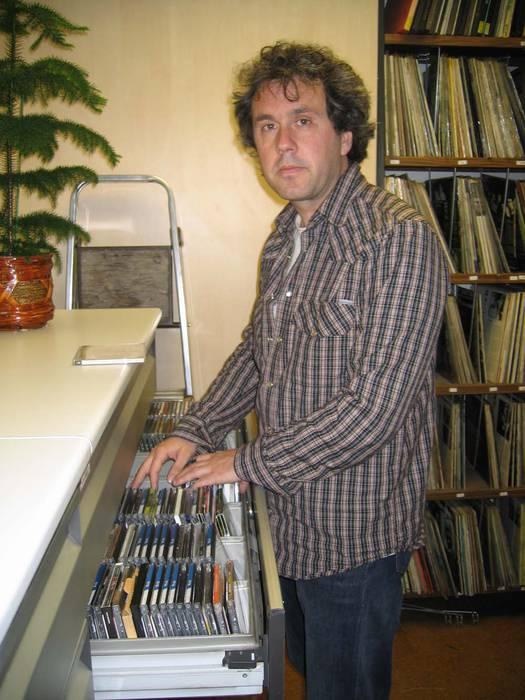 Fermin Etxegoienek jaso du Euskadi Literatura Saria