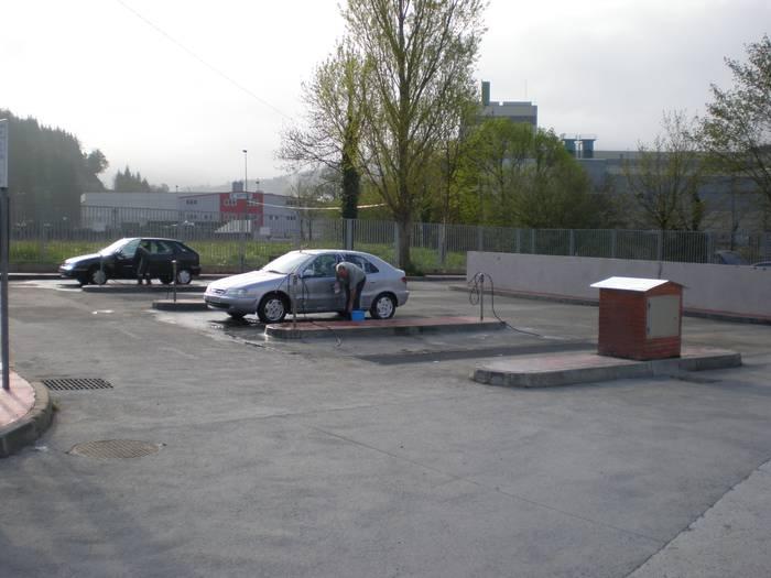 Garagartzako autoen garbigunea itxita, bihartik