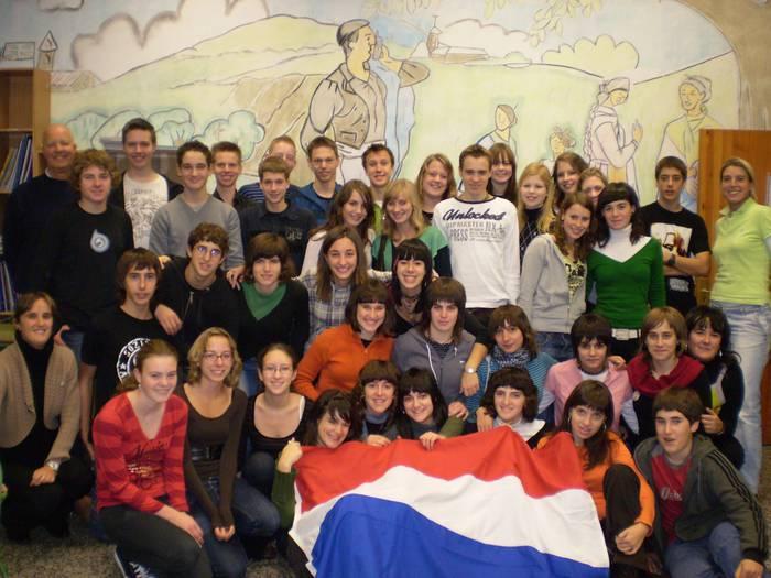 Guztira 19 ikasle eta 2 irakasle etorri dira Holandatik