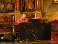 Juan Karlos Irizar pianistaren eta Eskoriatzako parrokiako koruaren kontzertua Zaldibar antzokian