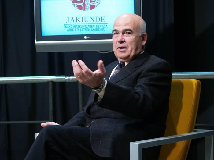 Jabier Retegik Eusko Ikaskuntzako presidente izateari utziko dio abenduan