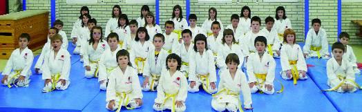 Karate saioan 140 ume lehiatuko dira