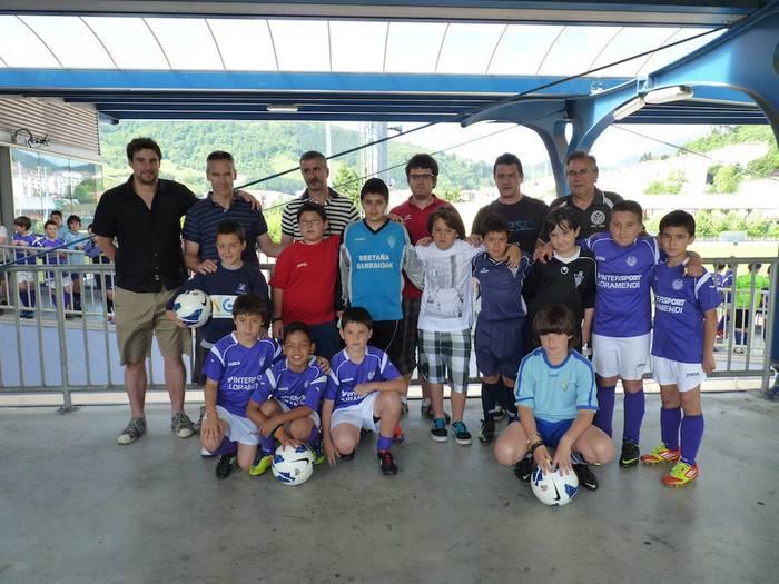 Futbolean ere euskaraz egin daitekeela erakutsiz