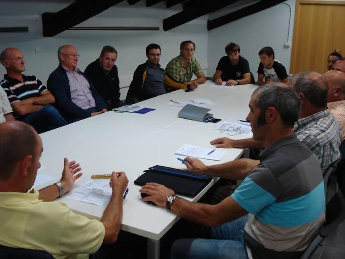 Arrasateko 19 kirol taldek euskara sustatzeko konpromisoa hartu dute