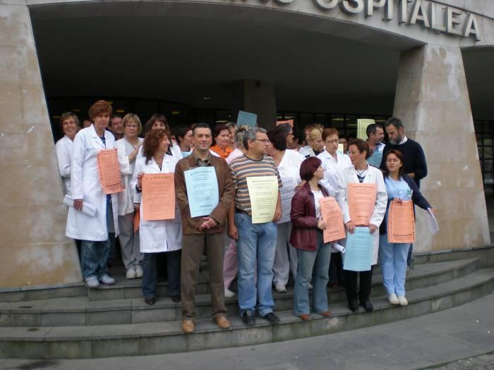 Lanuztea egin dute Debagoieneko Ospitaleko langileek