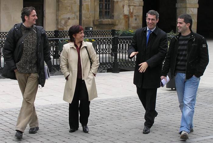 Markel Olano diputatu nagusia Antzuolan egon da