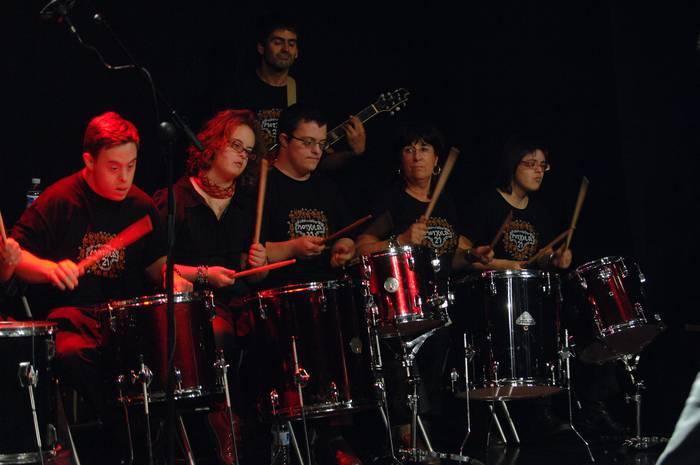Mochila 21: Down sindromea izan arren musikari ere izan daitezkeela erakutsiz