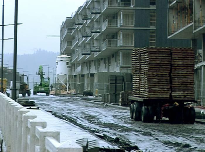 Mugagabeko greba hasi dute eraikuntza sektorean