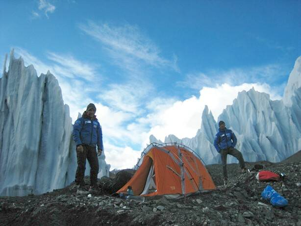 Naturgas Hornbein espedizioko kideak pozik lehen irteerarekin