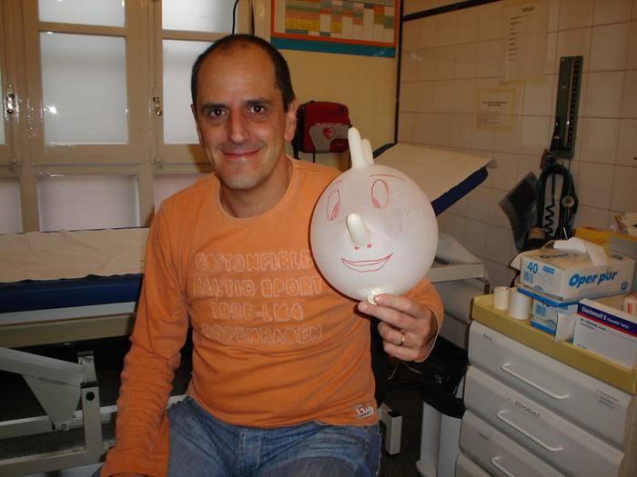 Nestor Maidagan praktikantea eskualde ospitalera destinatu dute