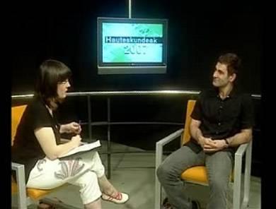 Pedro Lasagabasterri egindako elkarrizketa