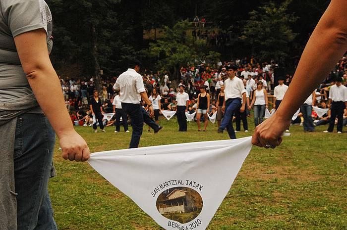 San Martzial: Omenaldiak eta dantza jendetsua jairik kuttunenean