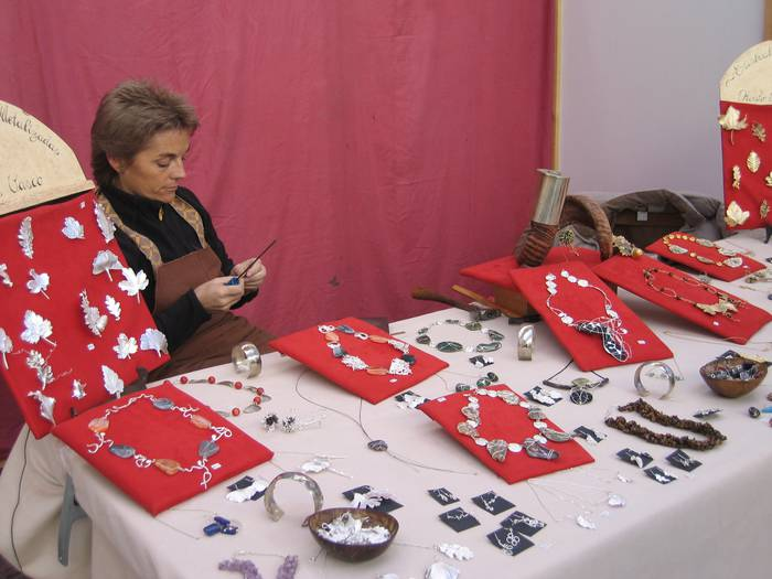 San Milixan ferian parte hartzeko izenematea zabalik dute artisauek