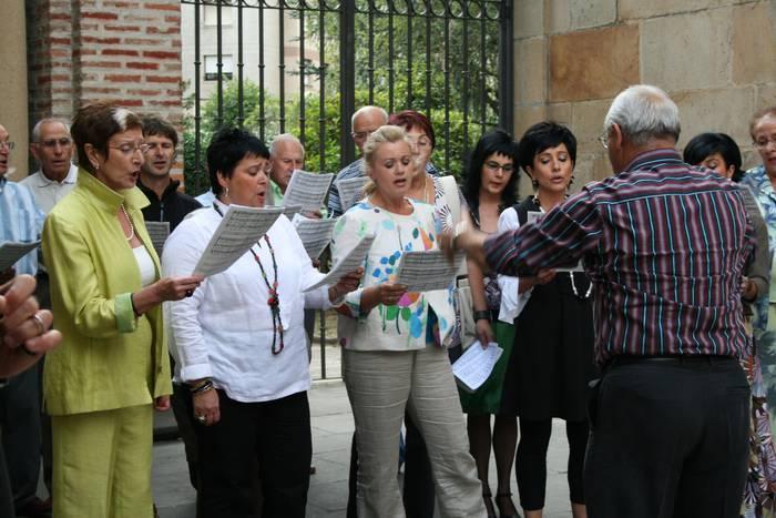 Santa Zezilia eguneko meza Jose Joakin Arin abadeari eskainiko dio abesbatzak