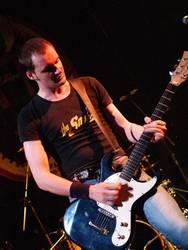 The Snobs taldearen punk rock landua eguenean, 'Kooltur ostegunak'-en  bigarren saioan