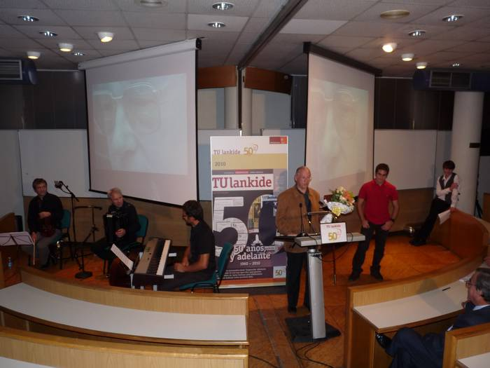 TU Lankide aldizkaria: 50 urte, eta aurrera