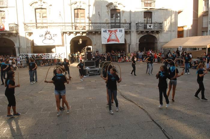 Txikitxu-Arrostaitz dantza taldeen urteurrenetako azken jaia, urriaren 23an