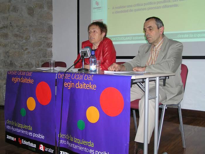Zutik-Ezker Batua-Aralar koalizioak aurkezpena egin du